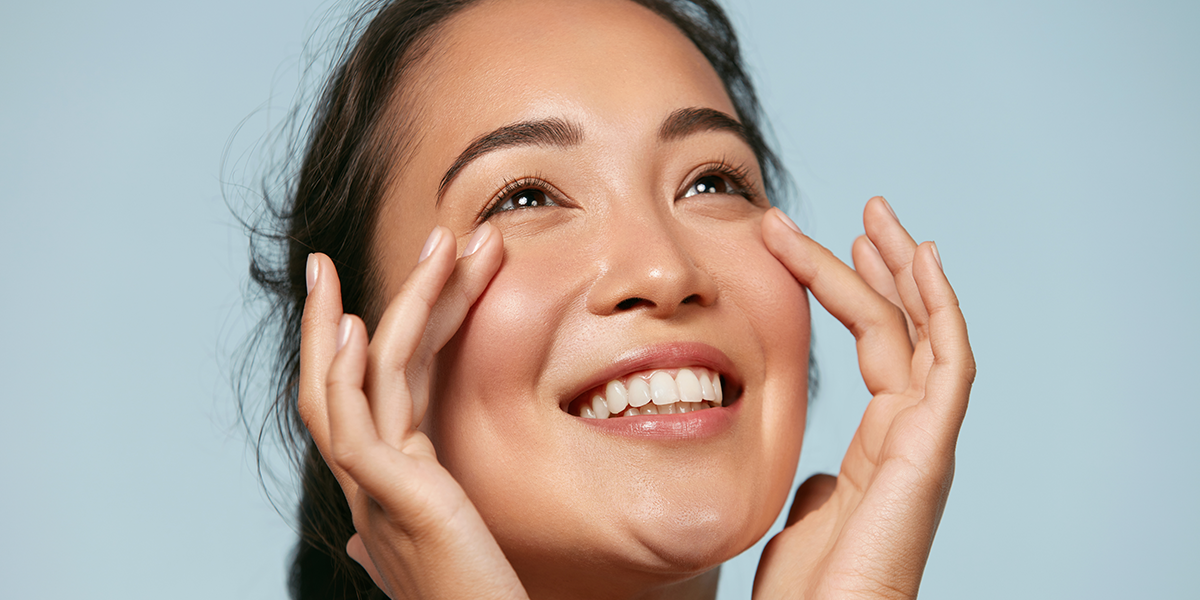Absolute-Aesthetics-5-things-women-with-great-skincare-do